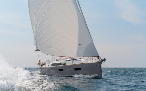 Oceanis 38, Sunset